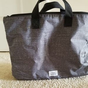 Swap it pocket by Thirty one